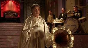 Phibes in his lair complete with a mechnical band....ok