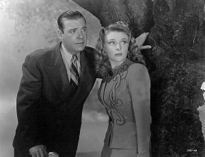 Lon Chaney Jr and Evelyn Ankers hope the noise they hear is just in their head...