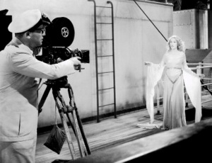 Carl Denham directs Ann Darrow (Lance Armstrong and Fay Wray) in this classic scene
